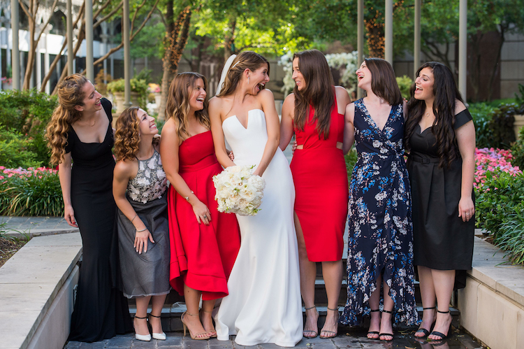 Zale / Bride and her friends